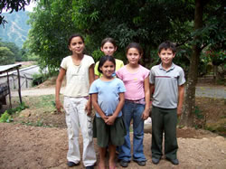 kids_in_Carasque
